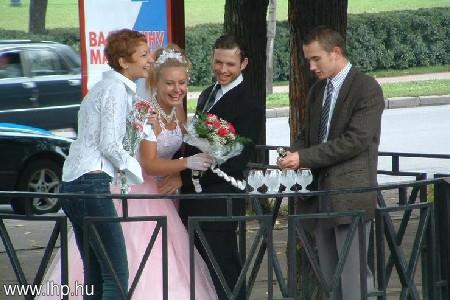 Menyasszony 010