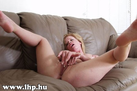 Female orgasm 014