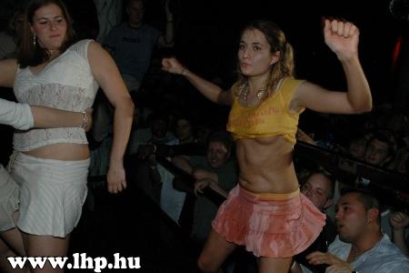 Party, buli 008