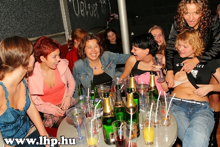 Party, buli 012