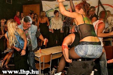Party, buli 018