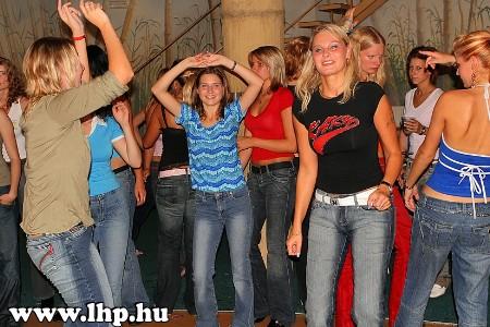 Party, buli 029