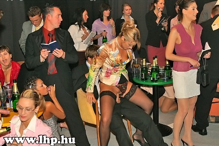 Party, buli 030
