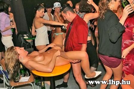 Party, buli 040