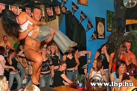 Party, buli 044