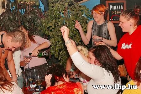 Party, buli 051