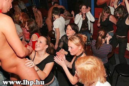 Party, buli 069