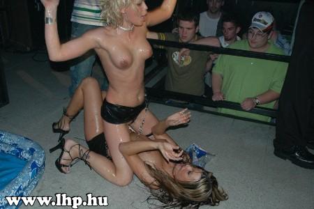 Party, buli 072
