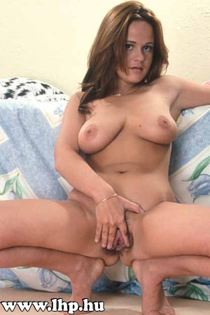 Hairy pussy 050